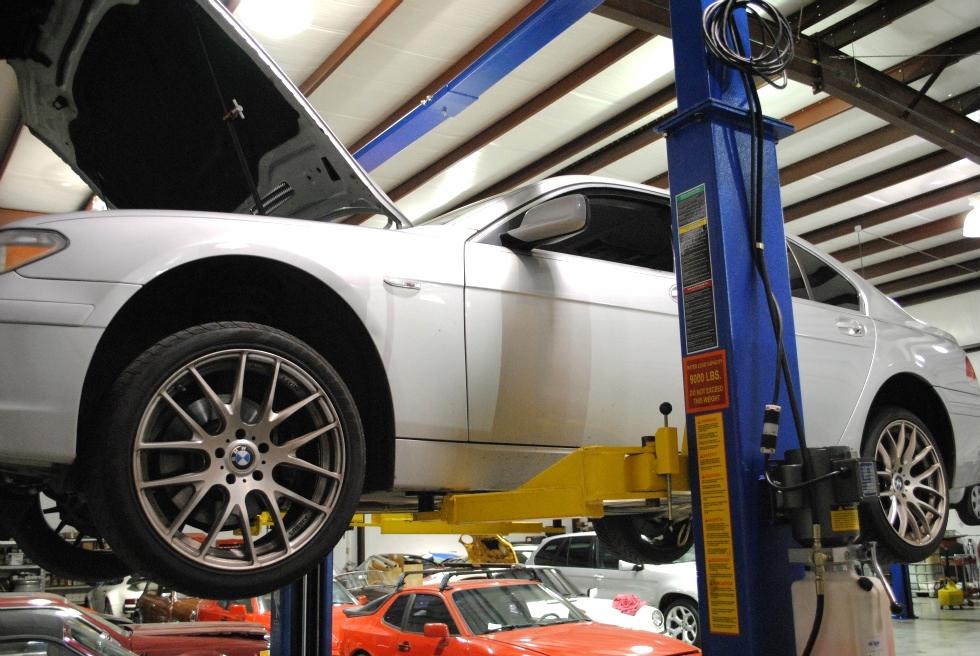 BMW Oil Service EuroHaus MotorSports