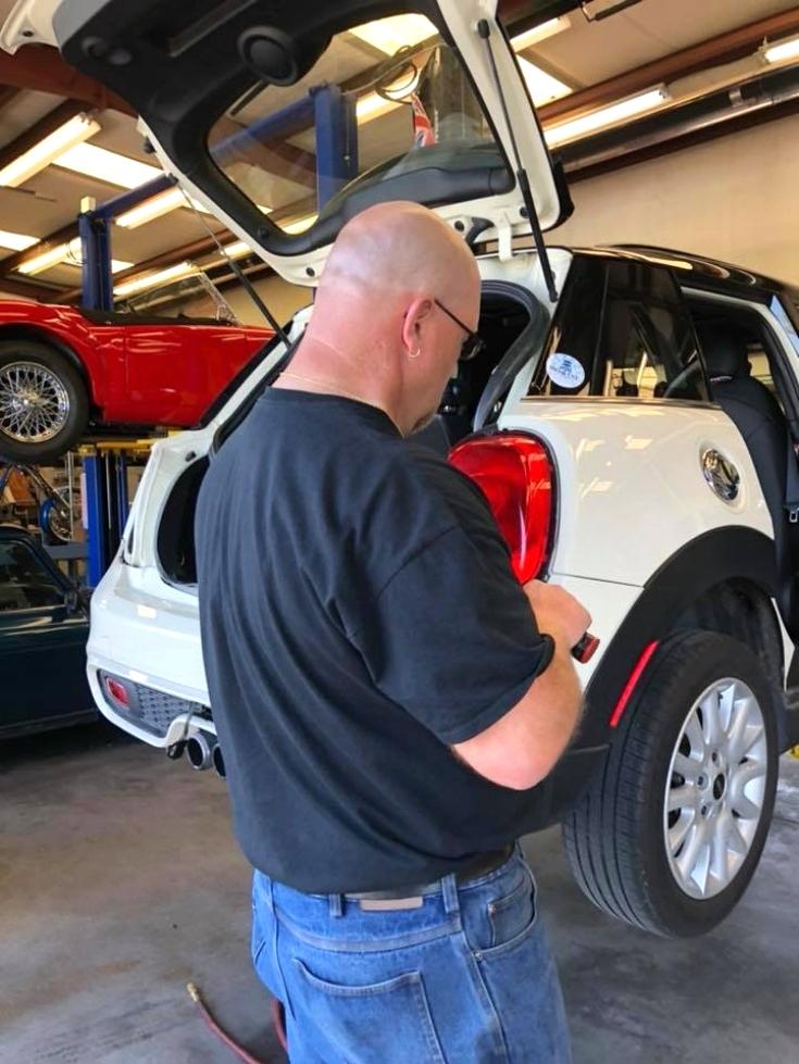 MINI Cooper MNIDoMore  Trailer Hitch EuroHaus MINI Cooper Repair